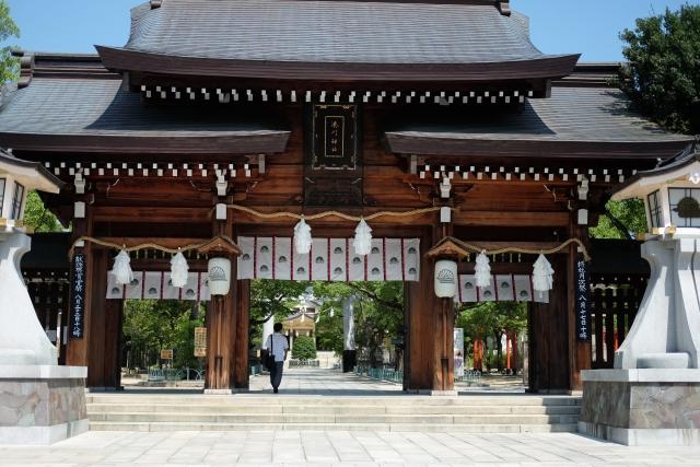 湊川神社の初詣2020!参拝時間や混雑情報は?